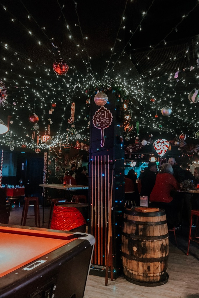 The Golden Lining - Miracle | What You Need to Know About Las Vegas's Newest Christmas Pop-Up Bar
